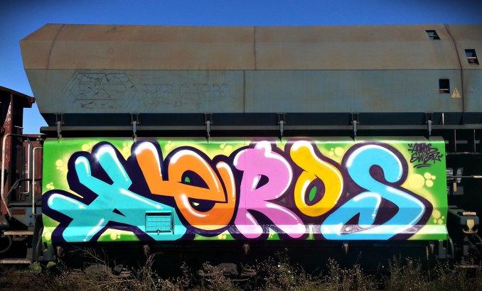 Photo #28053 by aeros